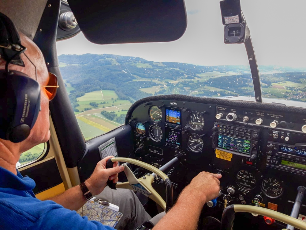 Private pilot in a Cessna 175 Skylark with dual Garmin G5 and GTN650. www.myclimbrate.com